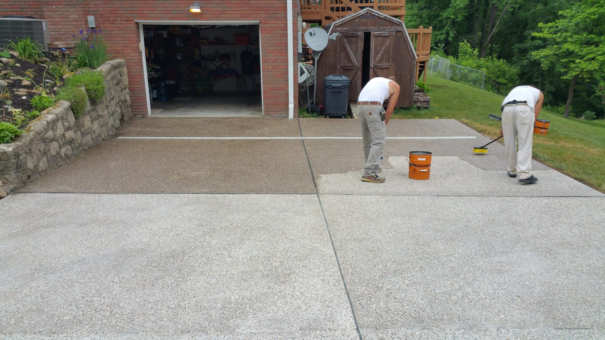 How to Clean Exposed Aggregate Concrete